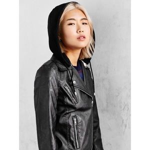 UO Silence + Noise Moto Vegan Leather Jacket Sz M